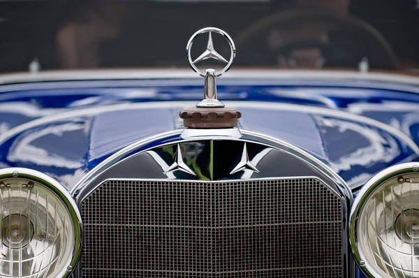 Mercedes Photograph - 1929 Mercedes Benz S Erdmann And Rossi Cabiolet Hood Ornament by Jill Reger