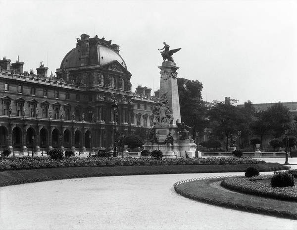 Cours Photograph - 1930s Le Louvre Museum And Gardens by Vintage Images
