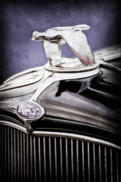 1932 Wall Art - Photograph - 1932 Ford V8 Hood Ornament - Emblem by Jill Reger