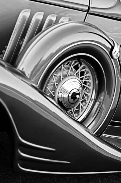 1933 Photograph - 1933 Pontiac Spare Tire -0431bw by Jill Reger