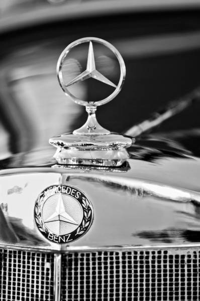 Cabriolet Photograph - 1937 Mercedes-benz Cabriolet Hood Ornament - Emblem by Jill Reger