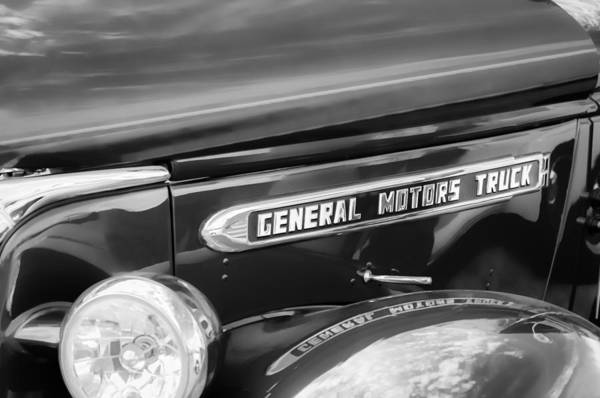 Photograph - 1940 Gmc General Motors Truck Emblem by Jill Reger