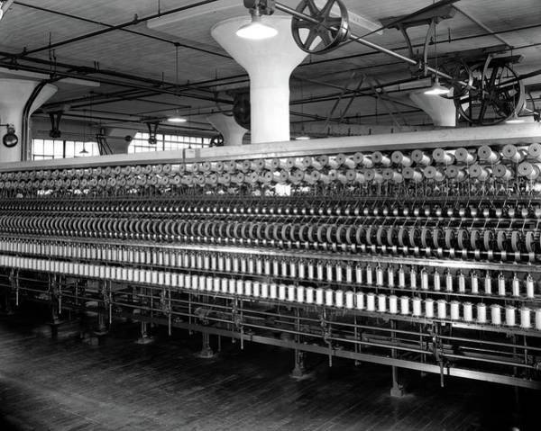 Textile Mill Photograph - 1940s 1930s Cloth Weaving Factory by Vintage Images