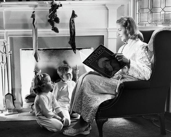 Black Magic Woman Wall Art - Photograph - 1940s 1950s Mother Reading Christmas by Vintage Images