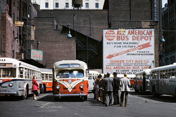 Wall Art - Photograph - 1940s Buses And Passengers Times Square by Vintage Images