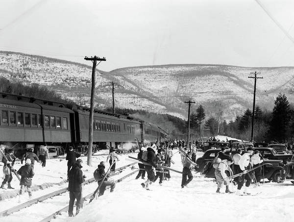 Ski Tracks Wall Art - Photograph - 1940s Groups Of People Carrying Skiing by Vintage Images