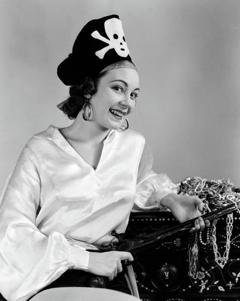 Space Gun Photograph - 1940s Woman Wearing Pirate Costume by Vintage Images