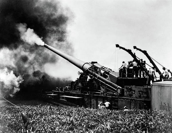 Space Gun Photograph - 1940s Wwii Big Artillery Railroad Gun by Vintage Images