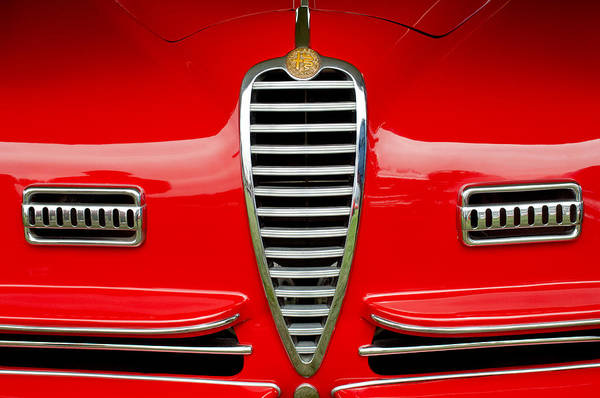 Photograph - 1949 Alfa Romeo 6c 2500 Ss Pininfarina Cabriolet Grille by Jill Reger