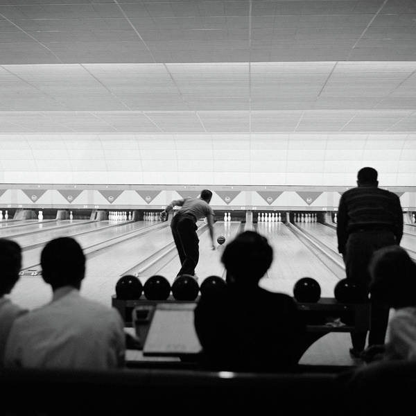 Ten Pin Bowling Wall Art - Photograph - 1950s Bowling Alley Showing Multiple by Vintage Images