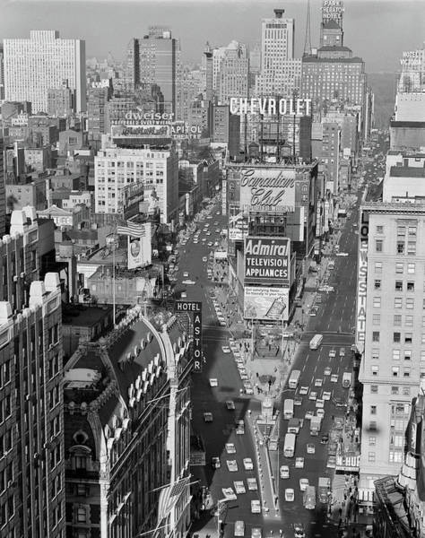 Edifice Photograph - 1950s Elevated View New York City Times by Vintage Images