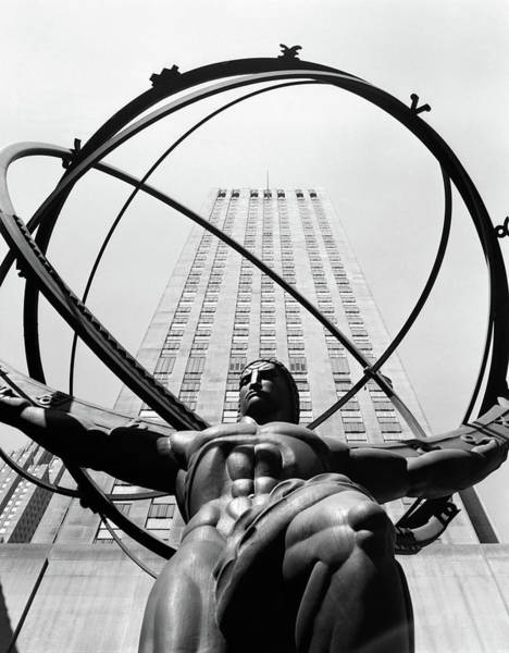 Wall Art - Photograph - 1950s Statue Of Atlas At Rockefeller by Vintage Images