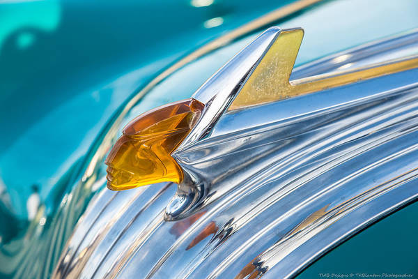 Photograph - 1952 Pontiac Hood Ornament by Teresa Blanton
