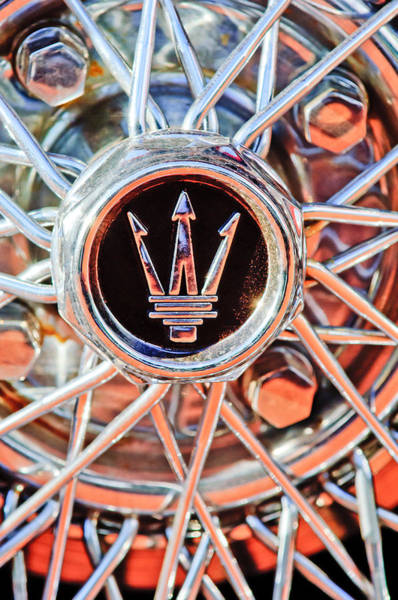 Wall Art - Photograph - 1954 Maserati A6 Gcs Wheel Rim Emblem by Jill Reger