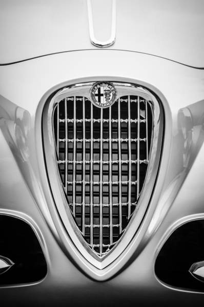 Photograph - 1955 Alfa Romeo 1900 Css Ghia Aigle Cabriolet Grille Emblem -0564bw by Jill Reger