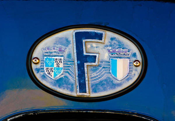 Traction Photograph - 1956 Citroen Traction-avant Emblem by Jill Reger