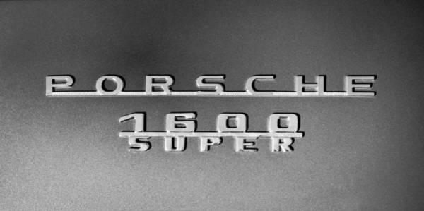 1600s Wall Art - Photograph - 1957 Porsche 1600 Super Emblem -0562bw by Jill Reger