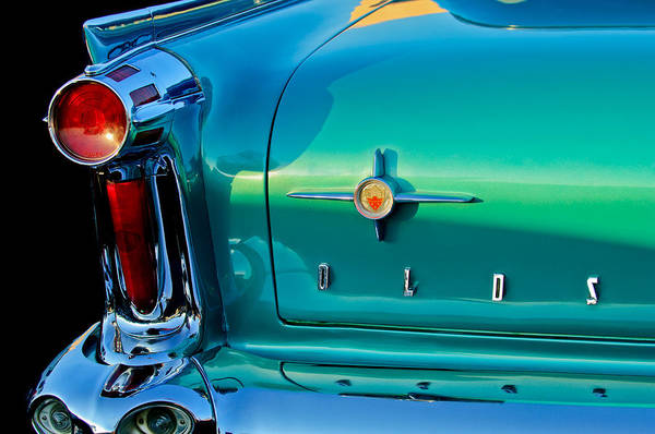Oldsmobile Wall Art - Photograph - 1958 Oldsmobile 98 Taillight by Jill Reger