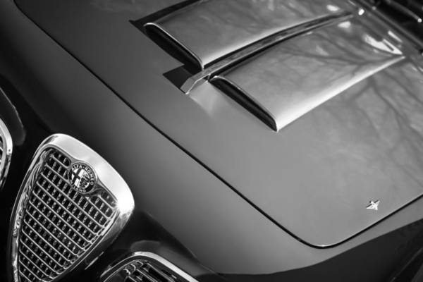 Photograph - 1959 Alfa Romeo 2000 Spider Grille Emblem -0482bw by Jill Reger