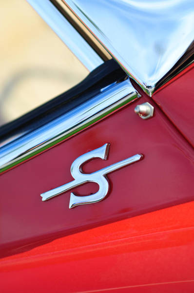 Photograph - 1959 Jaguar Xk150sots Emblem by Jill Reger