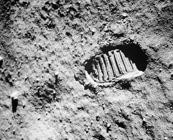 Wall Art - Photograph - 1960s Footprint Of First Step On Moons by Vintage Images