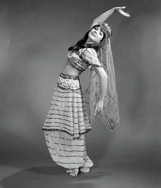 Belly Dancers Photograph - 1960s Woman In Belly-dancer Costume by Vintage Images