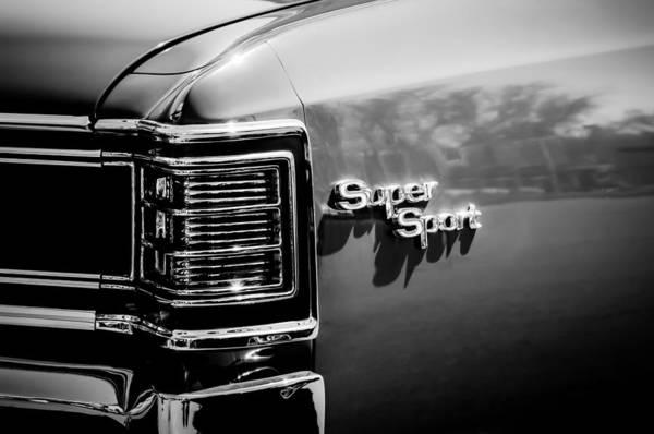 Chevy Chevelle Wall Art - Photograph - 1967 Chevrolet Chevelle Ss Taillight Emblem -0468bw by Jill Reger