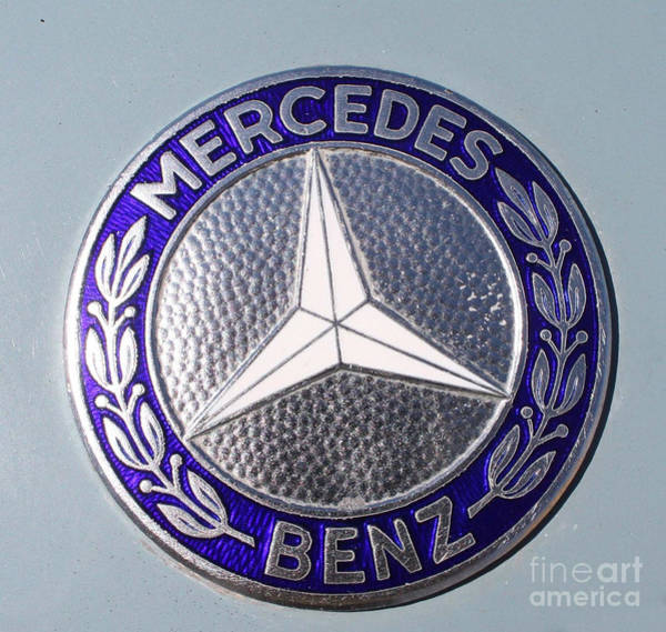 Wall Art - Photograph - 1967 Mercedes Benz Logo by John Telfer