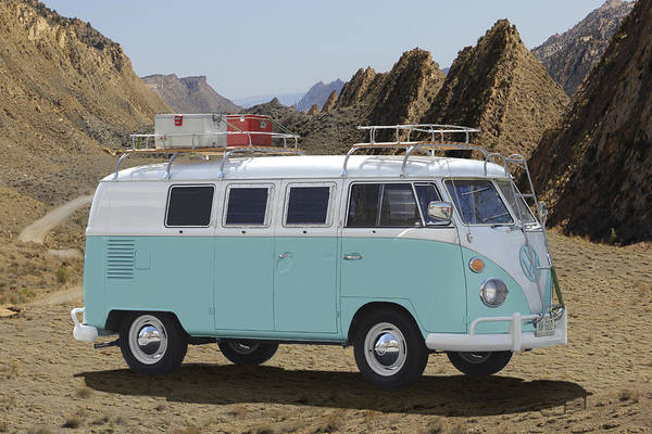 Wall Art - Photograph - 1967 Vw Bus by Mike McGlothlen