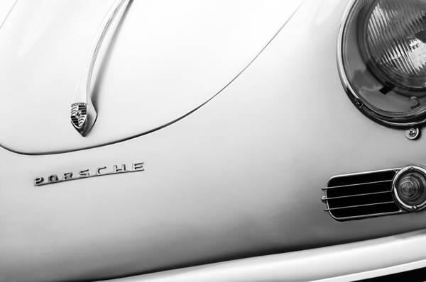 Volkswagen Photograph - 1970 Volkswagen Vw Porsche Speedster Replica Hood Emblem by Jill Reger