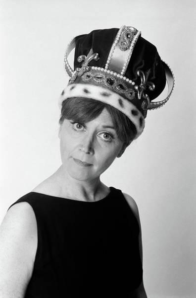 Fleur De Lis Photograph - 1970s Portrait Woman Wearing Queens by Vintage Images