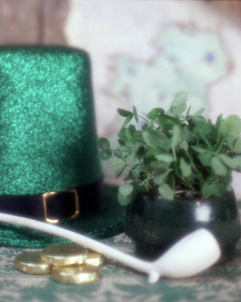 Saint Patricks Day Photograph - 1980s Irish Saint Patricks Day Symbolic by Vintage Images