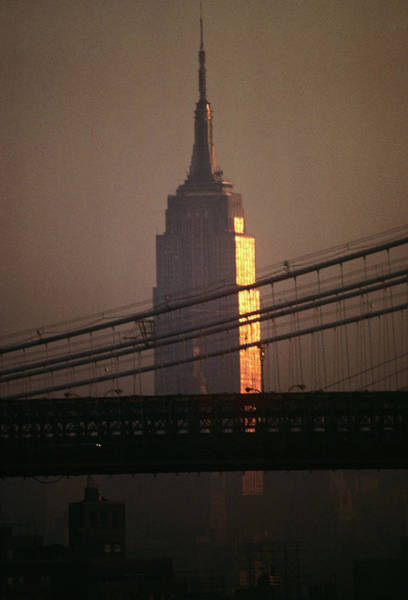 Wall Art - Photograph - 1990s Empire State Building by Vintage Images