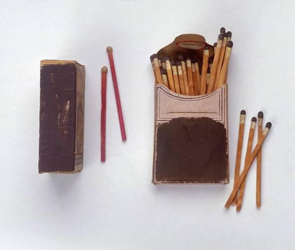 Matchbox Wall Art - Photograph - 19th Century Phosphorus Matchsticks by Dorling Kindersley/uig