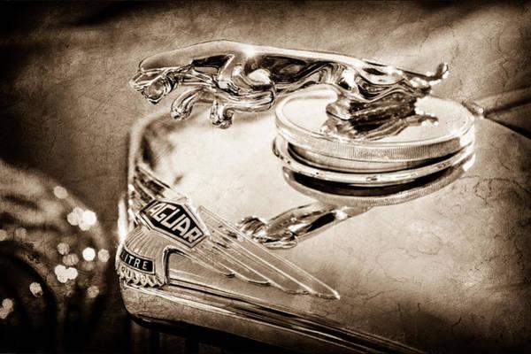 Iv Wall Art - Photograph - 1948 Jaguar Mark Iv Drophead Coupe Hood Ornament by Jill Reger