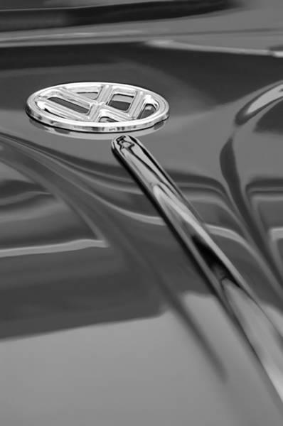 Volkswagen Photograph - 1956 Volkswagen Vw Bug Hood Emblem by Jill Reger