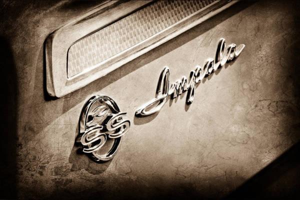 Impala Photograph - 1962 Chevrolet Impala Emblem by Jill Reger