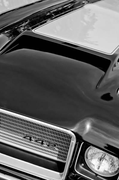 1972 Photograph - 1972 Oldsmobile 442 Grille Emblem by Jill Reger
