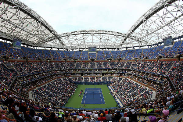 Wall Art - Photograph - 2015 U.s. Open - Day 1 by Clive Brunskill