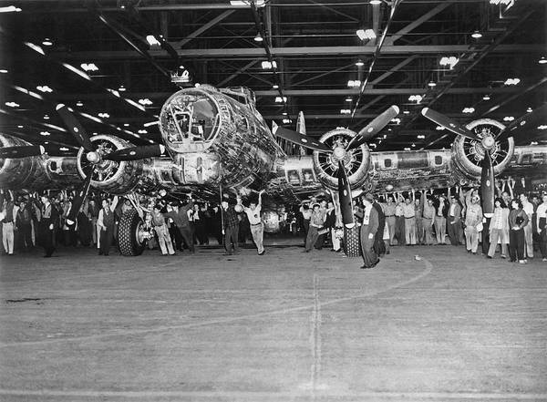Bomber Photograph - 5,000th Boeing B-17 Built by Underwood Archives