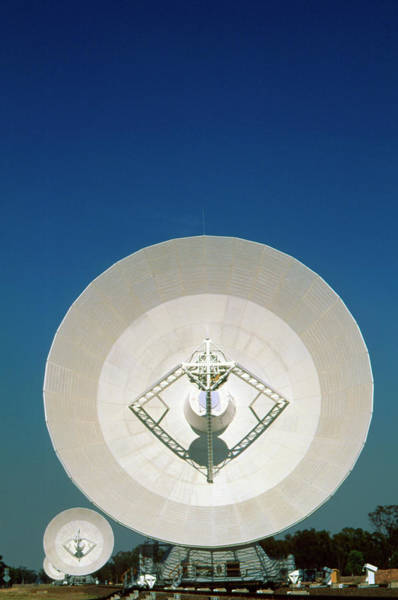 Ar Photograph - Antennae Of The Australia Telescope Compact Array by David Nunuk/science Photo Library