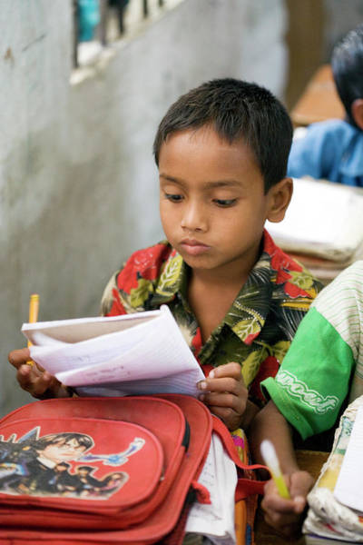 World Class Photograph - Bangladeshi School Pupil by Adam Hart-davis/science Photo Library