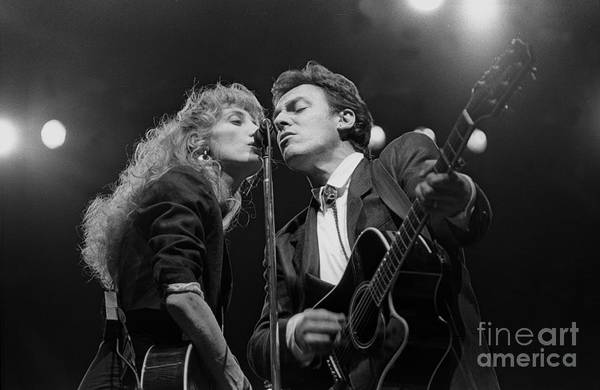 Wall Art - Photograph - Musicians Patti Scialfa And Bruce Springsteen by Concert Photos