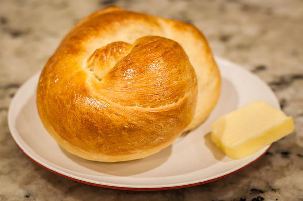 Photograph - Challah Rolls by Andy Crawford