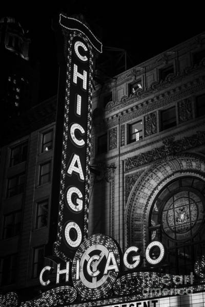 Sears Tower Photograph - Chicago Theatre Sign In Black And White by Paul Velgos