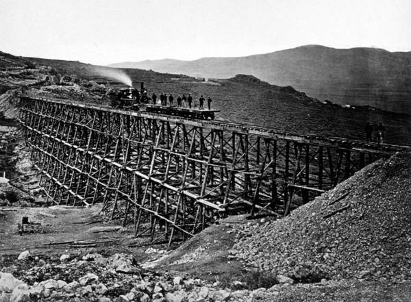 Photograph - Construction Of Central Pacific by Science Source