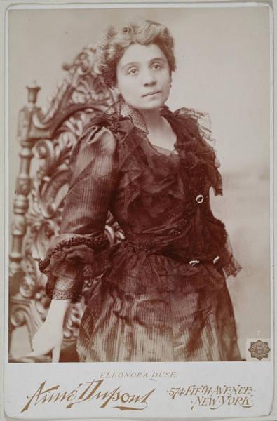 Italian Actress Wall Art - Photograph - Eleonora Duse (1859-1924) by Granger