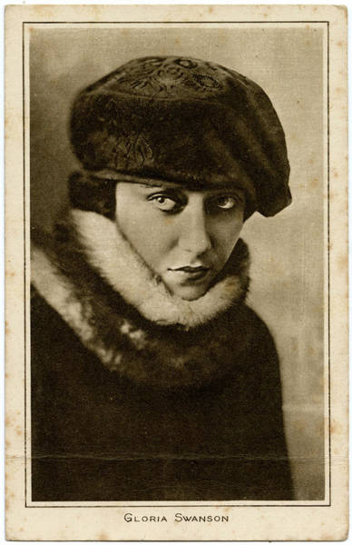 Gloria Swanson Photograph - Gloria Swanson (1899 - 1983), American by Mary Evans Picture Library