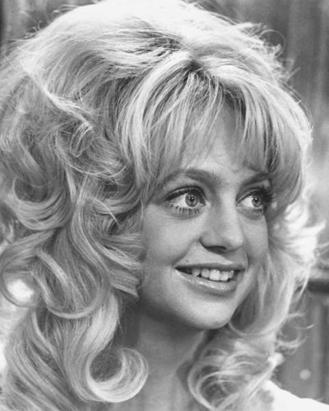 Wall Art - Photograph - Goldie Hawn by Silver Screen