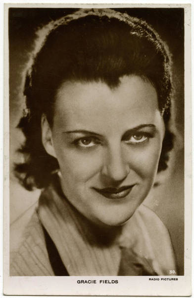 Wall Art - Photograph - Gracie Fields (1898 - 1979), English by Mary Evans Picture Library